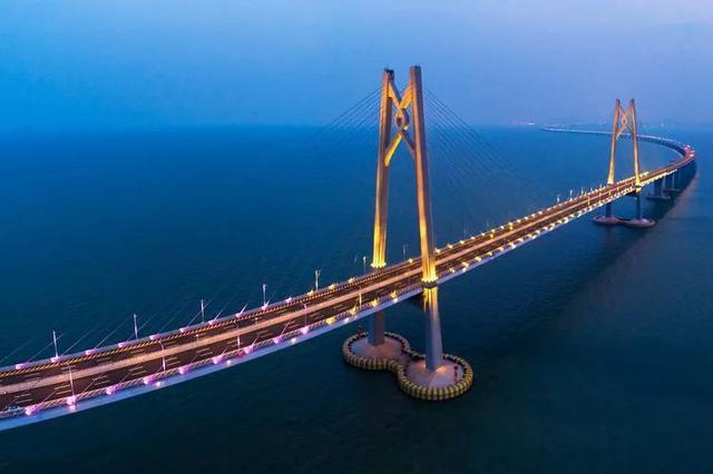 港珠澳大桥通车效应明显 澳门11月入境旅客大增