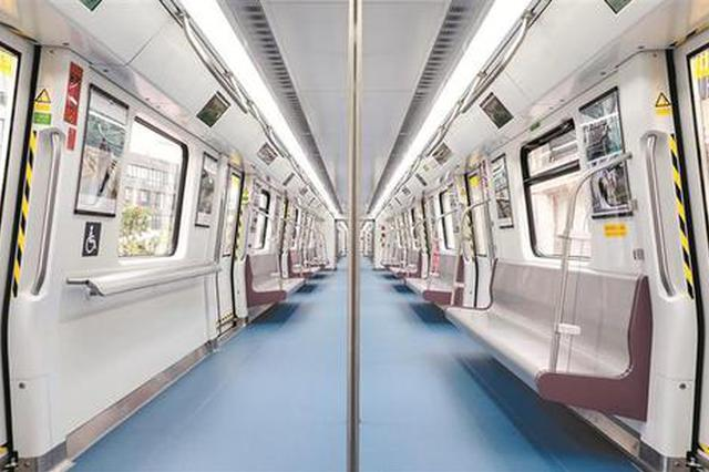 地铁9号线西延线首列列车抵深 年底开通试运营