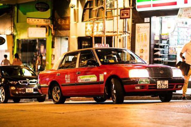 香港尖沙咀一内地旅客被出租车撞倒 司机被捕