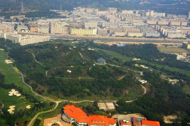 宝安依法拆除碧海湾高尔夫球场违法建设项目