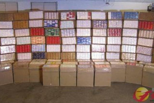 香港海关检获约120万支疑似走私香烟 货车司机被拘捕