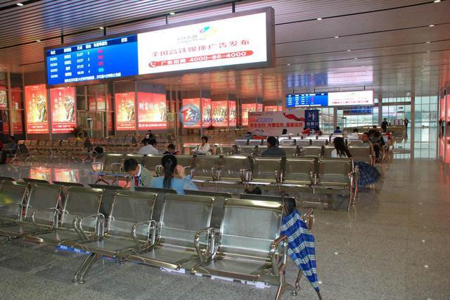 10月11日起坪山站将日增高铁33列次