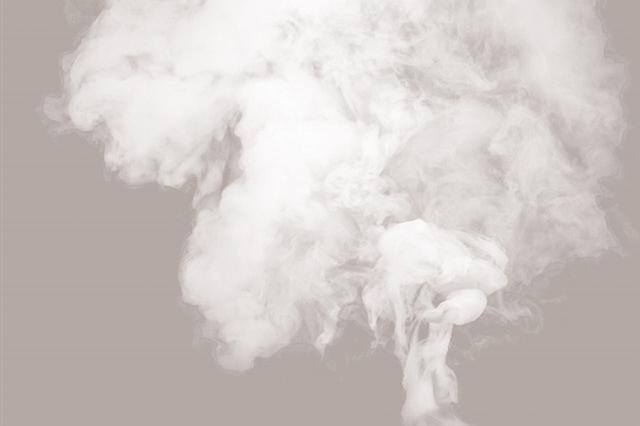 不良商家花式卖烟坑害未成年人