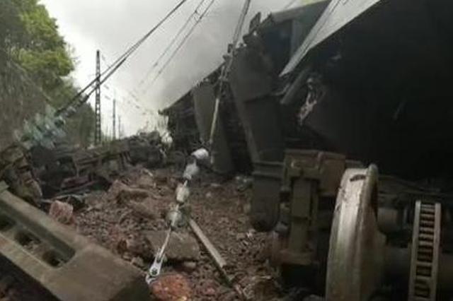 受线路塌方影响 深圳站深圳东站部分始发列车停运