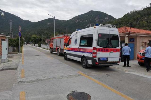 27岁广州男子向往大鹏山海 高山上腹痛4天5夜方求助