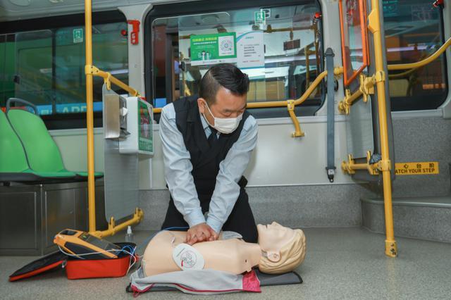 5500台AED配置公共场所 深圳覆盖率全国第一