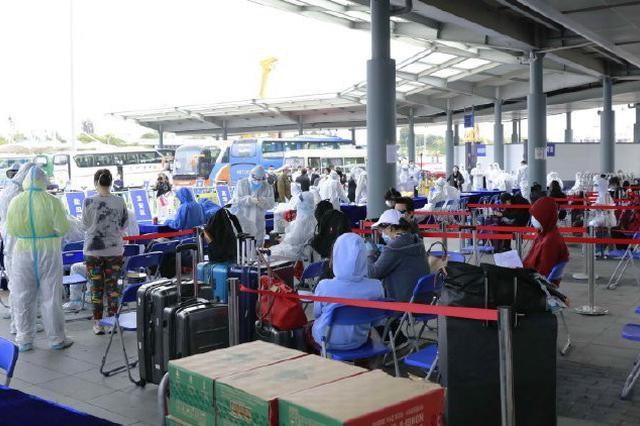 深圳调整隔离政策:入境人员仅需14天 期间检测4次核酸