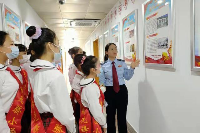 宝安区税务局西乡税务所开展青少年税法学堂活动