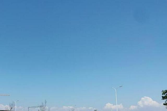 假期前半段深圳天气炎热持续