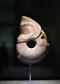 红山文化考古成就展在国博开幕