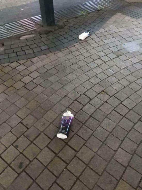 高空坠落并砸伤高先生家6个月大孩子的洗护用品瓶子。 本文图均为受访者供图