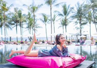 赵继伟携演员女友巴厘岛度假