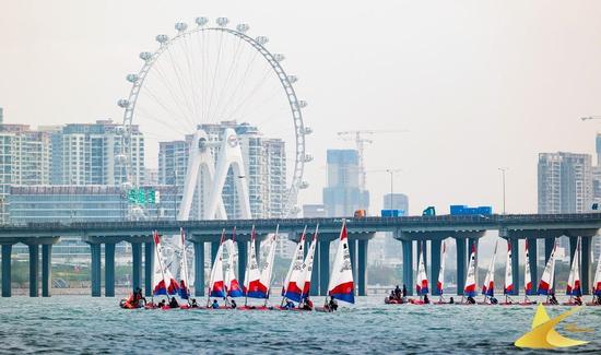 """助力2021""""宝安杯""""帆船赛 迪卡侬推动深圳小众水上运动发展"""