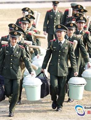 00后新兵奔赴粤港边海防一线