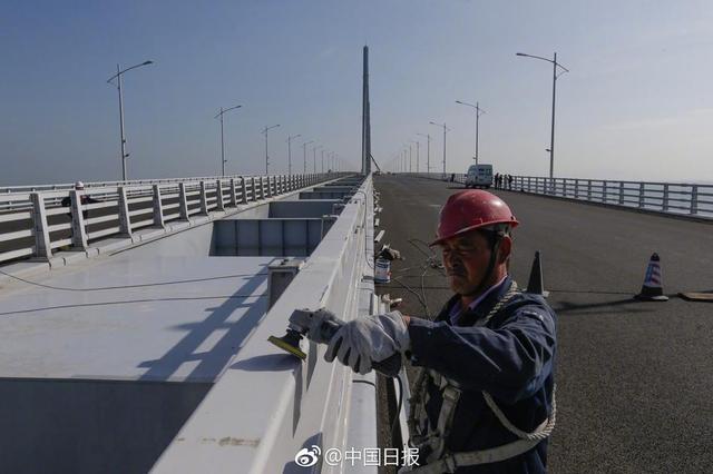大桥、高铁、新口岸——三大跨境工程连通香港未来