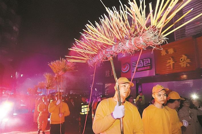 民俗演艺闹新春 在深圳过一个快乐的中国年