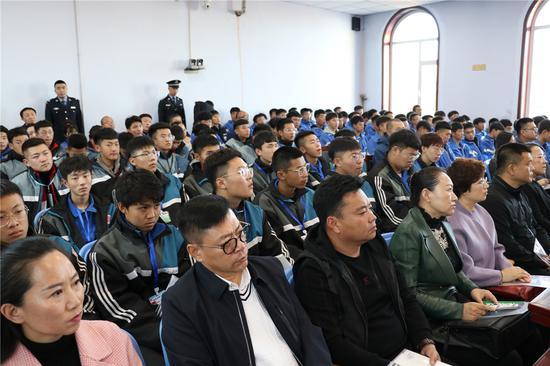 http://www.k2summit.cn/caijingfenxi/1362252.html