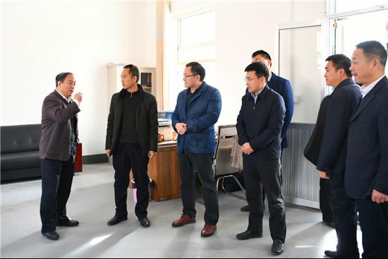 临沂市司法局局长牛兆英到平邑调研乡村工作