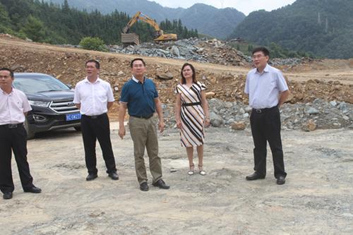 桂林市政法委书记视察龙胜法院新楼建设情况