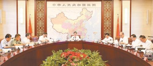 7月11日,中共中央政治局委员、中央政法委书记郭声琨主持召开中央政法委全体会议并讲话。郝帆摄