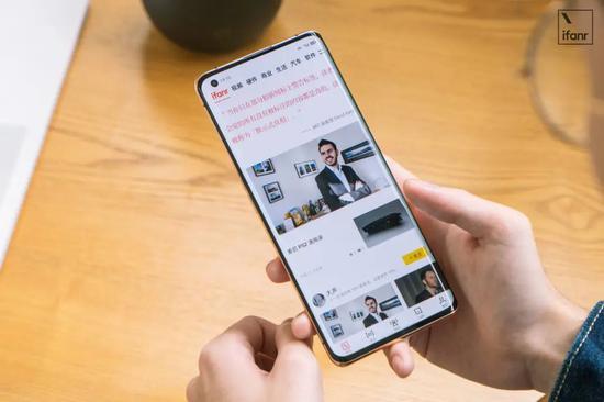 FindX2Pro评测:这可能是今年屏幕最好的手机
