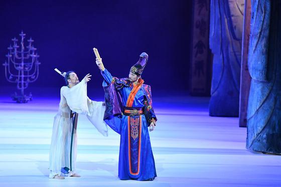 从《孔子》到《李白》 泸州老窖国窖1573携手顶级文化IP让世界品味中国