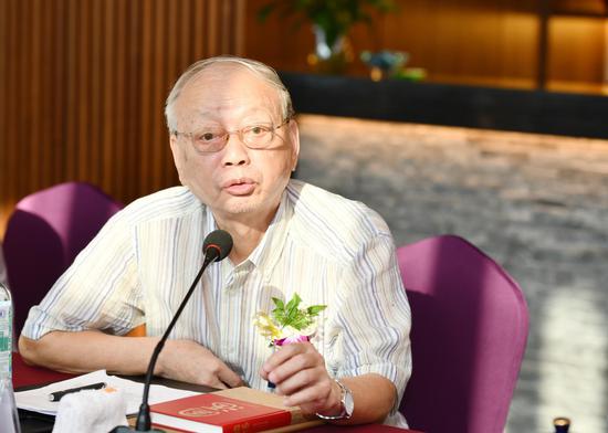 ▲著名白酒专家、郎酒品质研究院专家委员会委员胡永松