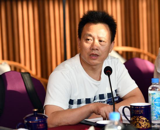 ▲四川轻化工大学校长、品质研究院合作单位代表庹先国