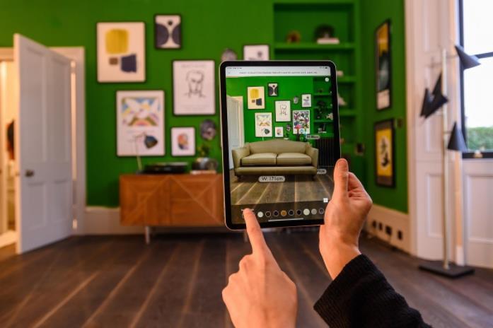 DMA调查显示:有40%英国消费者使用AR和VR进行购物