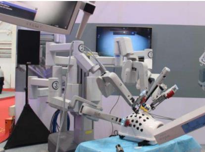 Osso VR通过机器人和VR技术融合 使外科手术更加精准