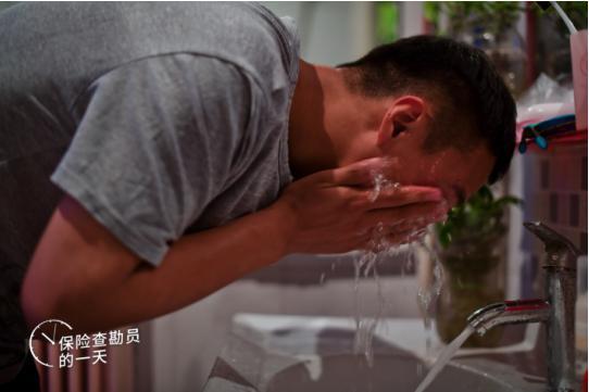 赵伟强是国任保险石家庄中心支公司一名90后的查勘员