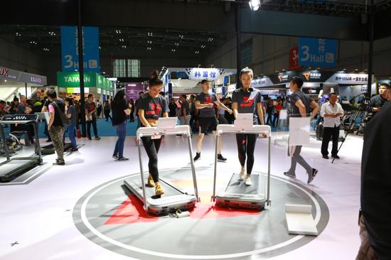 亿健亮相2018上海体博会 开启智能家庭健身新模式