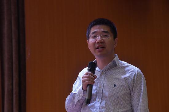 图为:腾讯企业微信制造业总监秦和平