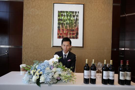 葡萄酒专家小皮老师及拉菲集团波尔多佳酿