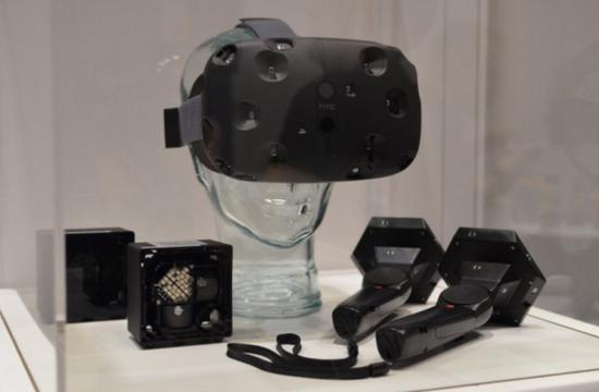 HTC Vive (DK1), SteamVR手柄,激光基座