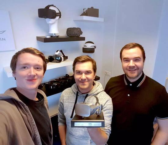 从左到右依次为:Aldin Dynamics CTO Gunnar Valgardsson,CEOHrafn Thorisson,高级开发人员Pall Arinbjarnar
