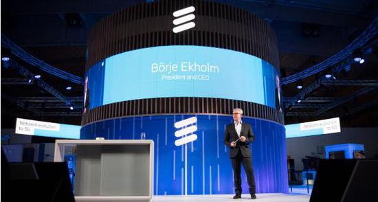 """鲍毅康表示:""""2019年,我们正在助力在全球范围内开启5G。"""""""