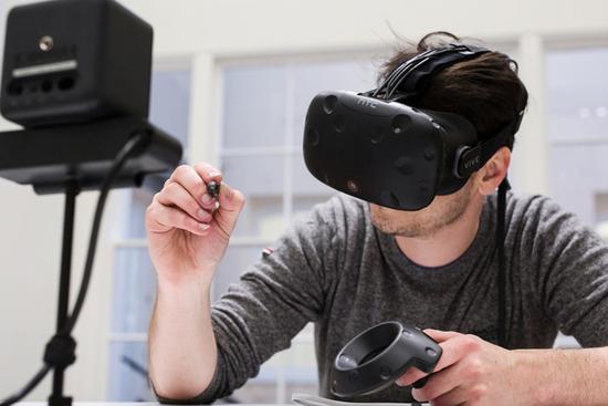 <b>笔形VR外设出炉:将以精度限制作为最大卖点</b>