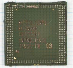 麒麟990 5G封装顶部视图(编号Hi3690)