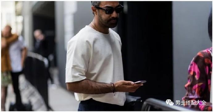 白T恤的材质怎么选?又怎么保养?