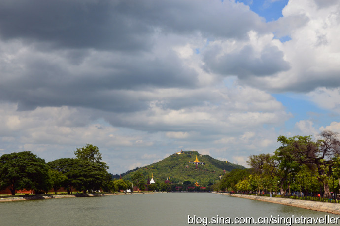 走进缅甸佛教圣地曼德勒山