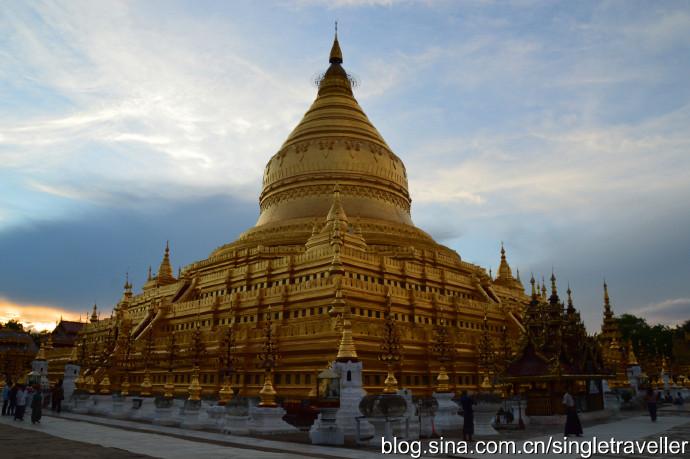 缅甸第四天:蒲甘瑞喜宫塔(又译瑞西光塔,Shwezigonpagoda)