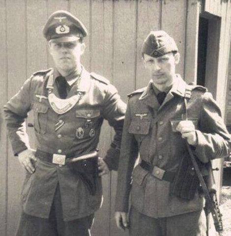 二战德国士兵证=身份证户口本医疗本工资单晋升获勋档案领物清单