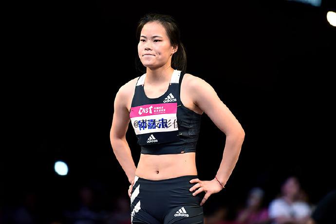 覃惠玲获2020中国田径街头巡回赛南京站女子跳远冠军