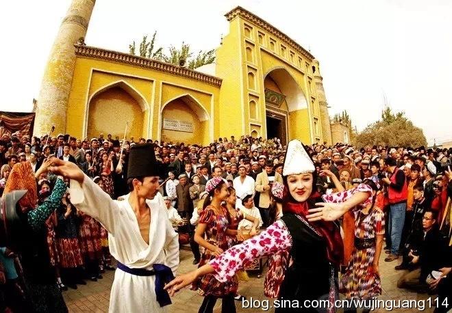 实拍:新疆喀什的姑娘美如画魅力无穷(图)