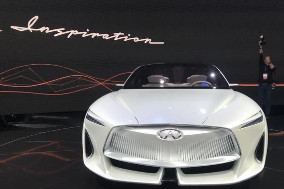 英菲尼迪新旗舰,无框车门+黑科技发动机,目前市面上没见过。