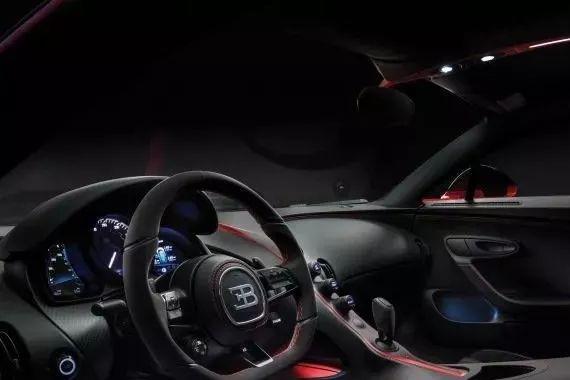 布加迪Chiron Sport亮相日内瓦车展 起价326万美元