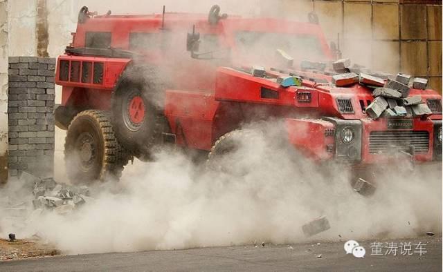 """神挡杀神,这五大""""怪兽""""就是马路上的坦克!"""