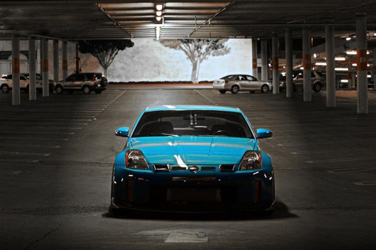日产最经典的Z系性能跑车尼桑350Z