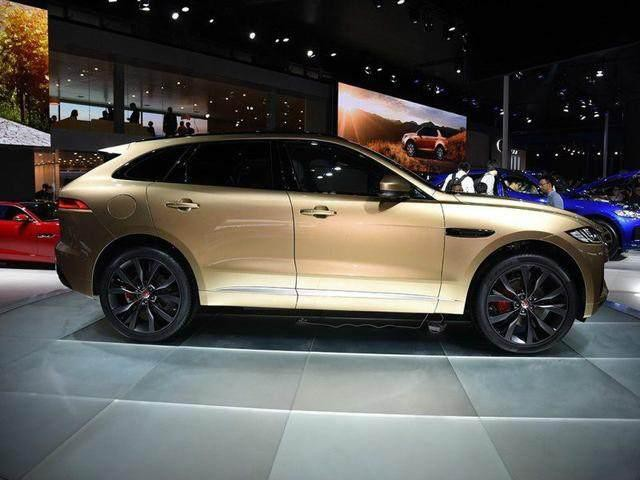 捷豹SUV,轴距2米8,全景天窗一键启动,不仅是高颜值